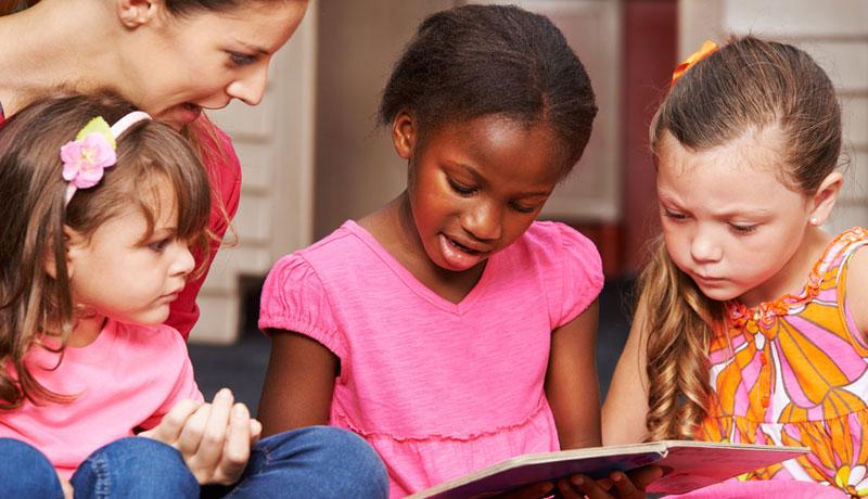 Vorurteile grenzen aus!: Vorurteilsbewusste Erziehung im Kindergarten