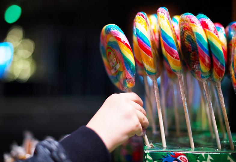 Noch ein Eis? Kindern nicht alle Konsumwünsche erfüllen