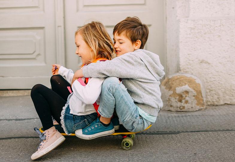 Zusammen sein und lachen