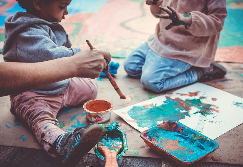 Kreative Angebote für's Basteln mit Kindern unter 3