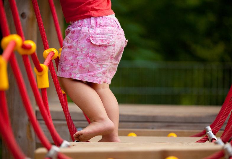 Laufspiele mit Kleinstkindern