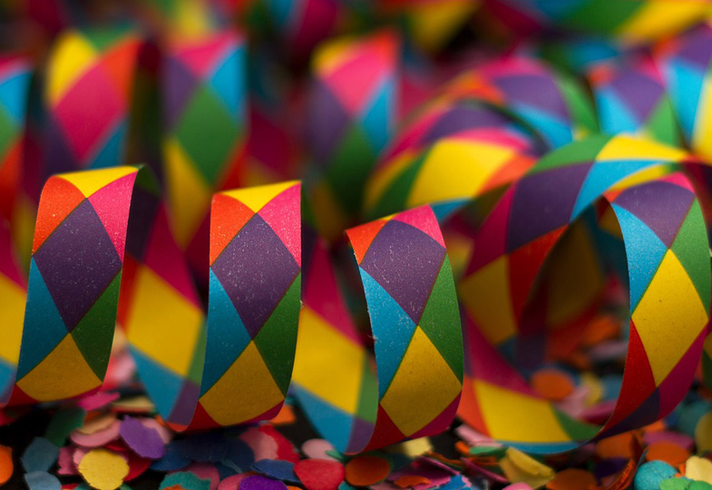 Närrische Zeiten: Mit Kleinstkindern Karneval, Fasching oder Fasnacht erleben